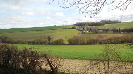 Hartley Kent: Hartley Bottom Road, view across valley from Grange Lane